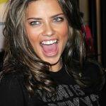 Adriana-Lima-Tongue-K7