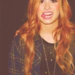 Demo-Lovato-Tongue-0014