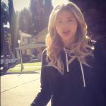 Chloe-Grace-Moretz-Tongue-0010
