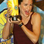 Jennifer-Garner-Tongue-July-2009-_(6)