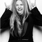Chloe-Grace-Moretz-Tongue-0003