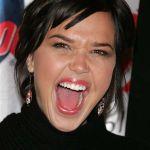 Arielle-Kebbel-Tongue-1