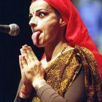 Nina-Hagen-tongue